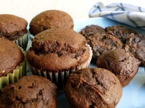2-Ingredient-Chocolate-Pumpkin-Muffins-and-Cookies